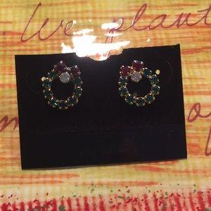 Jewelry - Pretty little Christmas wreath pierced earrings